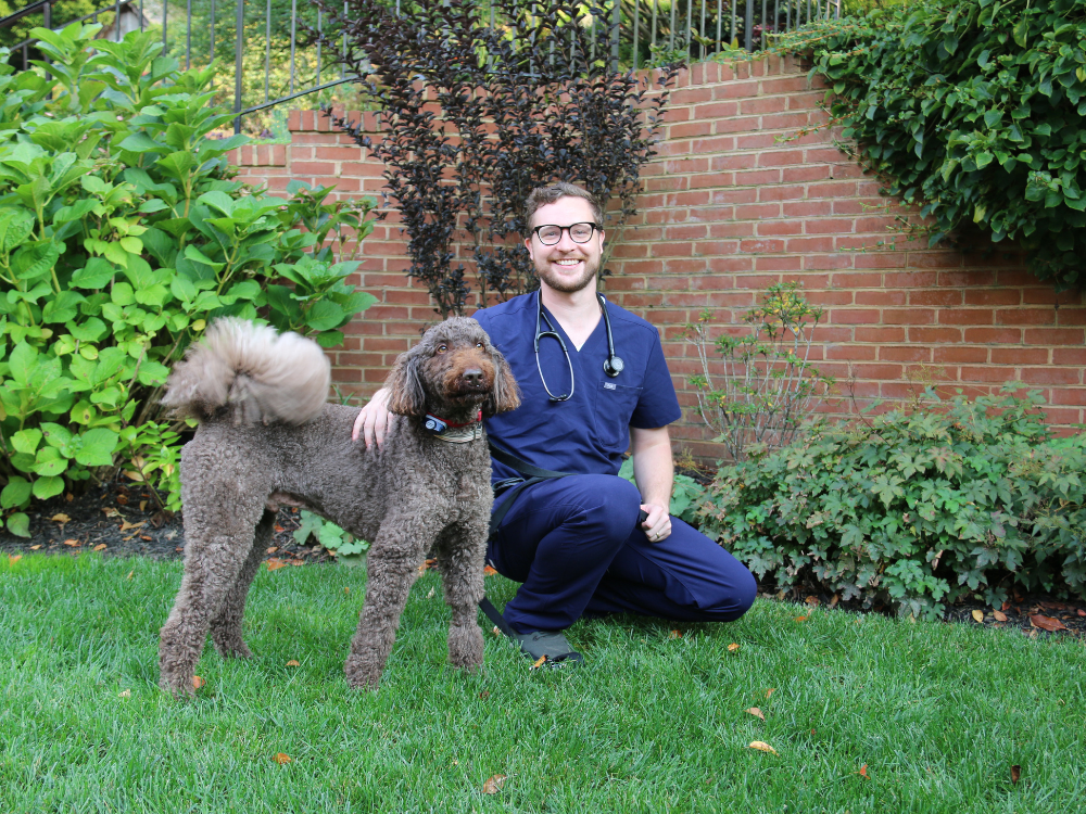 In-home veterinarian located in Baltimore and Howard County, Maryland. Mobile Veterinarian serving Catonsville, Arbutus and Halethorpe, MD.